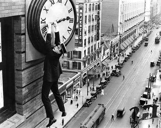 Harold Lloyd, escena del reloj